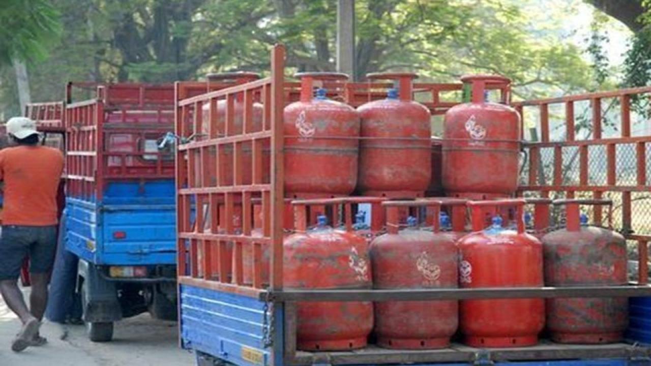 Union Budget 2018, Modi Budget 2018, Arun Jeaitely , Gas Connections, LPG