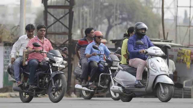 traffic , Nagpur, Fake ISI mark stickers ,