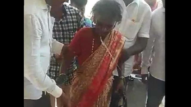 marathi news , lady on oxygen
