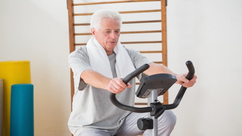 Senior Citizens, Excessive In Old Age , Utarwayatil Vyayam