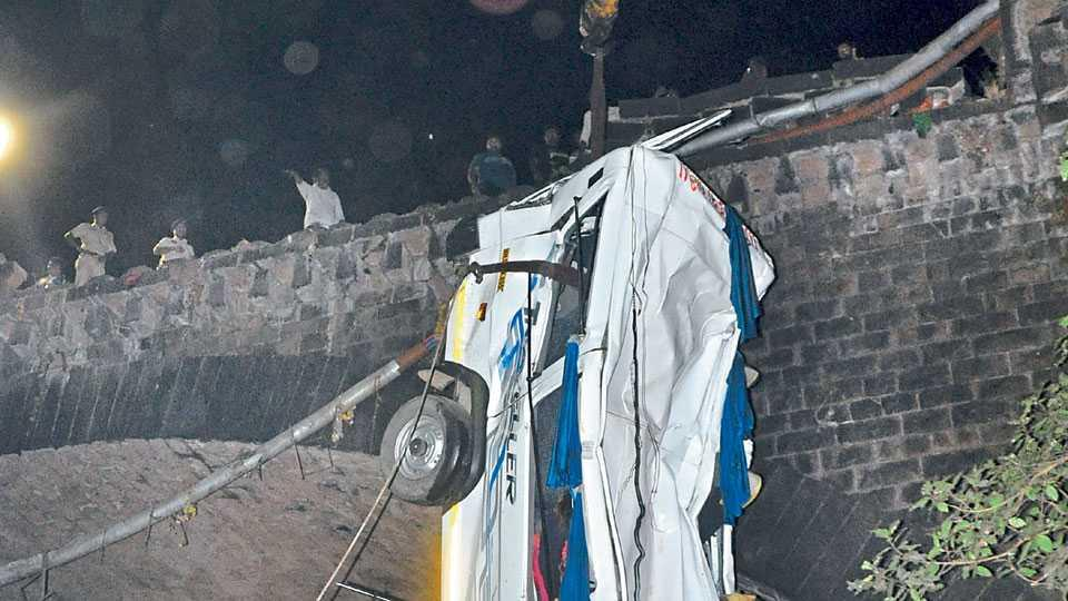 Minidoor accident, Kolhapur , Maharashtra,