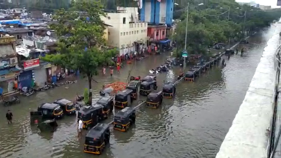 mumbai rain, mumbai, rain, saam tv