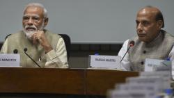 Amid no shows, PM meets party chiefs on simultaneous polls