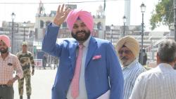 Sidhu arrives in Pak to attend Khan's oath taking ceremony