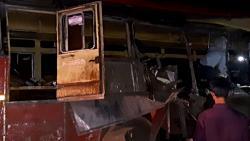 13 killed, 15 hurt in truck-bus collision in Maharashtra