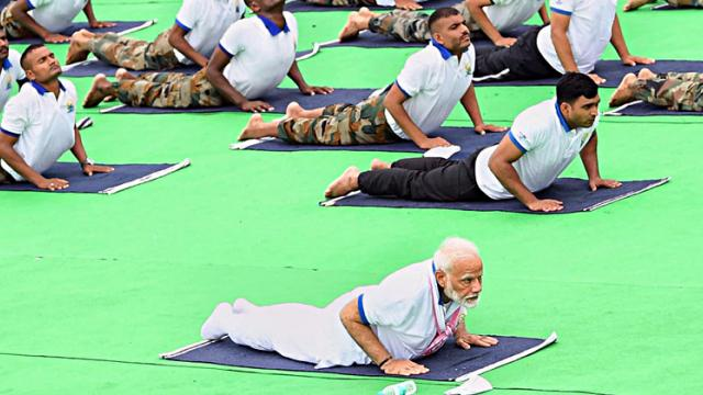 Prime Minister Narendra Modi performs Yoga on the 5th International Day of Yoga in Ranchi