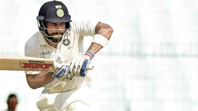 Kohli extends India's lead to 129 after Lakmal's triple blow