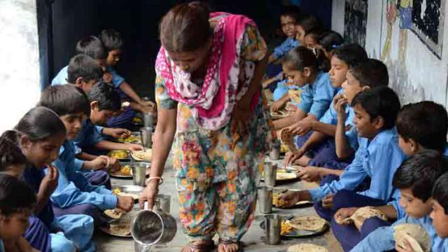At least 21 students take ill after eating mid-day meal