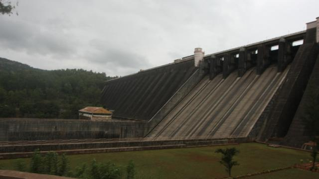 Maharashtra stares at power crisis as Koyna water level dips