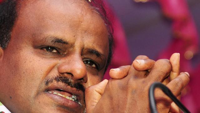 K'taka CM says swallowing pain like Lord Shiva; JD(S) calls it emotional outburst