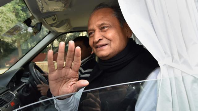Cong chooses Gehlot as Rajasthan CM, Pilot to be his deputy