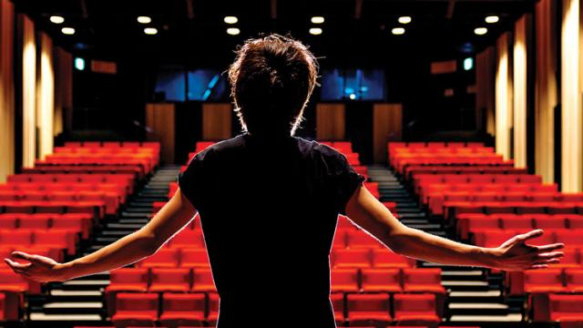 A mentorship programme for theatre enthusiasts