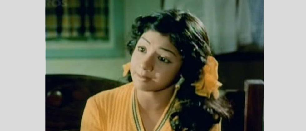 Her first Hindi film was the 1975 blockbuster romance Julie, where she played lead actress Lakshmi's younger sister, Irene.