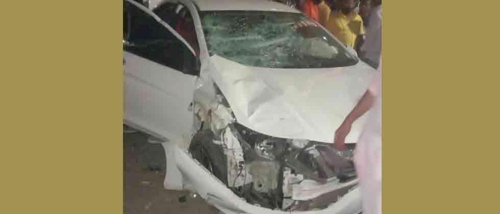 Two persons killed in accident on Kharadi Bypass Road