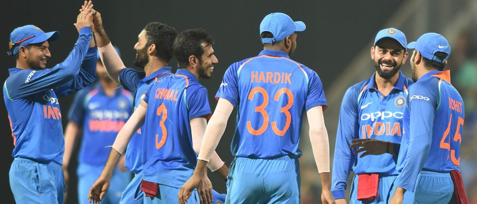 Under pressure India face rare series defeat at home