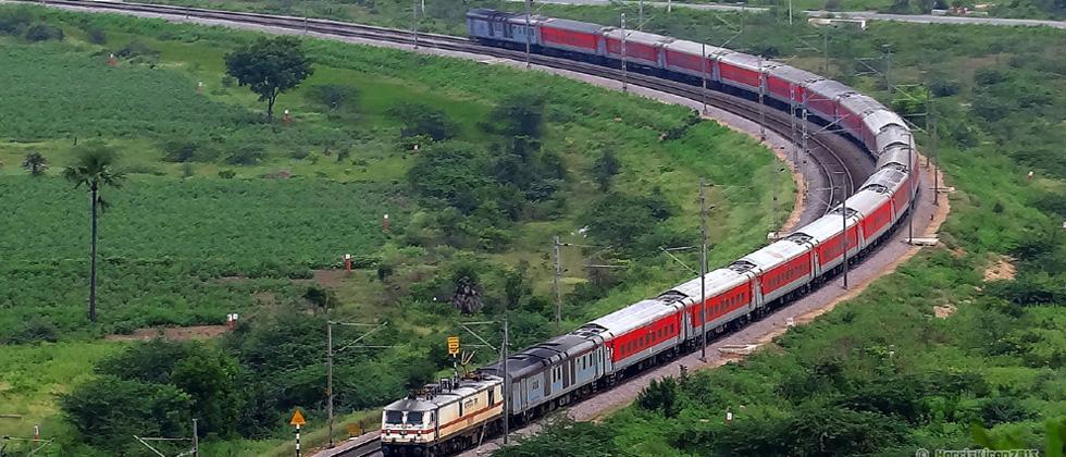 Premier train passengers don't think service matches enhanced fare: CAG survey