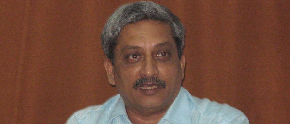 Parrikar's silence on Rafale deal is betraying nation: Congress