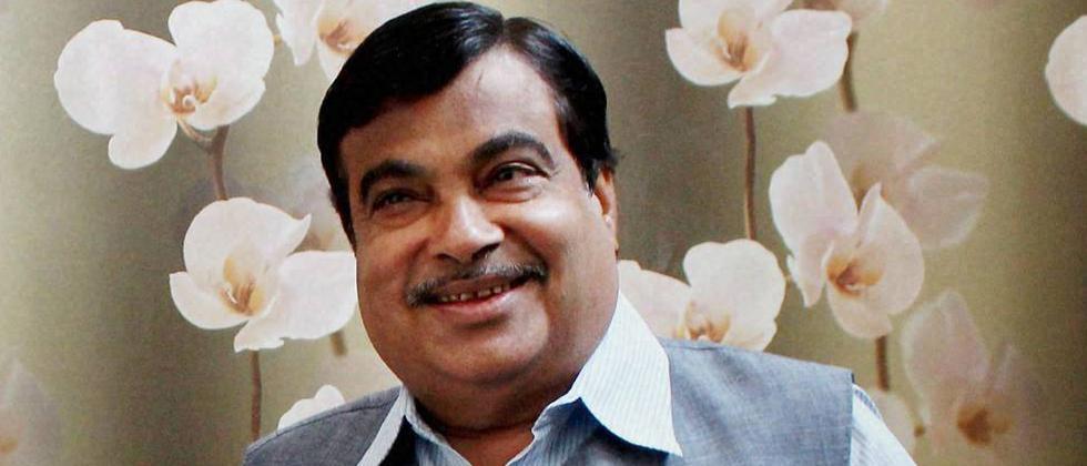 For BJP, Gadkari emerges key trouble-shooter in Goa