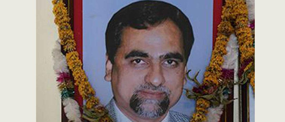 Supreme Court asks Maharashtra govt to give judge Loya's reports to petitioners