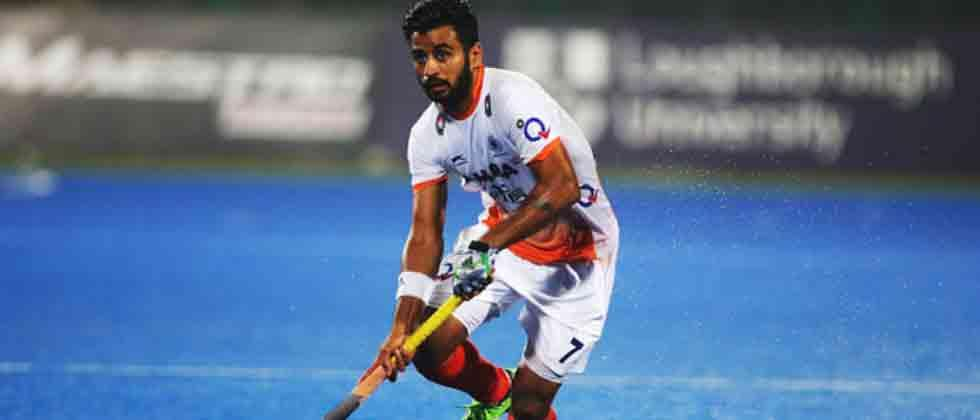 Manpreet  named captain, four players recalled for Asians