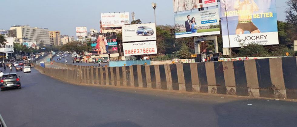 Activists not happy with Nagar Road BRTS implementation