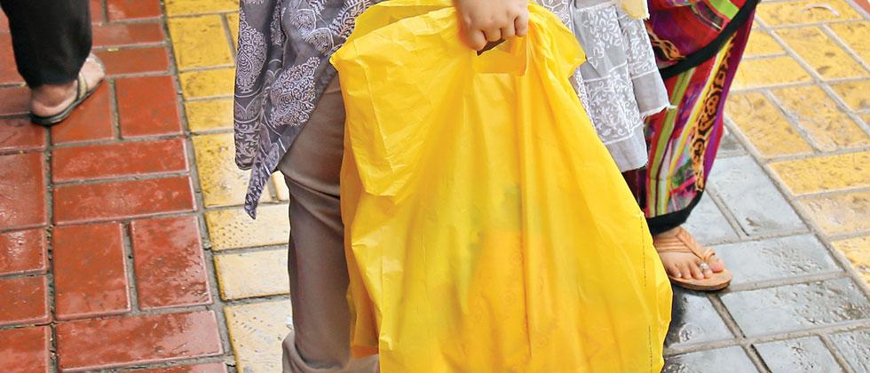 The use of 'single use plastic' (plastic carry bags) still continues in the city even after the ban on its usage has been implemented from June 23. Anand Chaini/Sakal Times