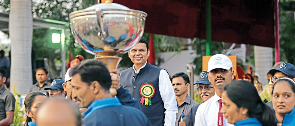 Fadnavis announces increase in sports funding for police