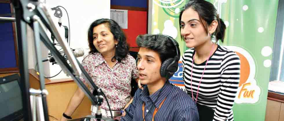 Private radio channels in city to boost awareness of voters