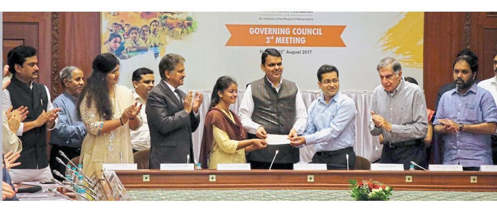 (From left) Ram Shinde, Pankaja Munde, Anand Mahindra, Chief Minister Devendra Fadnavis, Ratan Tata, Sambhaji Nilangekar Patil and other dignitaries were present during the third governing council meeting of the Maharashtra Village Social Transformation M