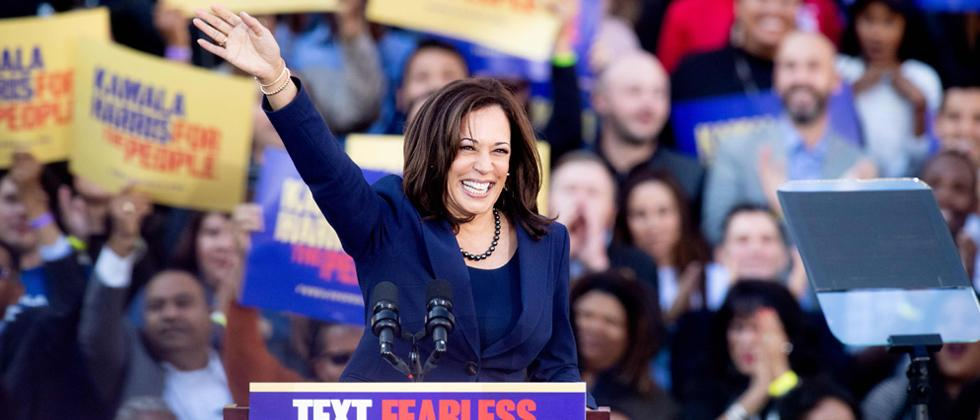 US democracy under attack like never before, says Kamala Harris as she kicks off 2020 presidential campaign