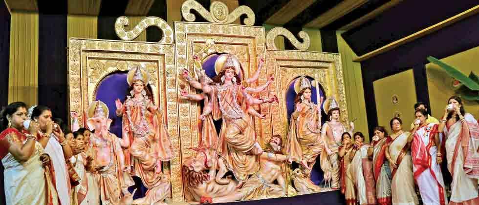 Durga Puja festivities begin in Pimpri