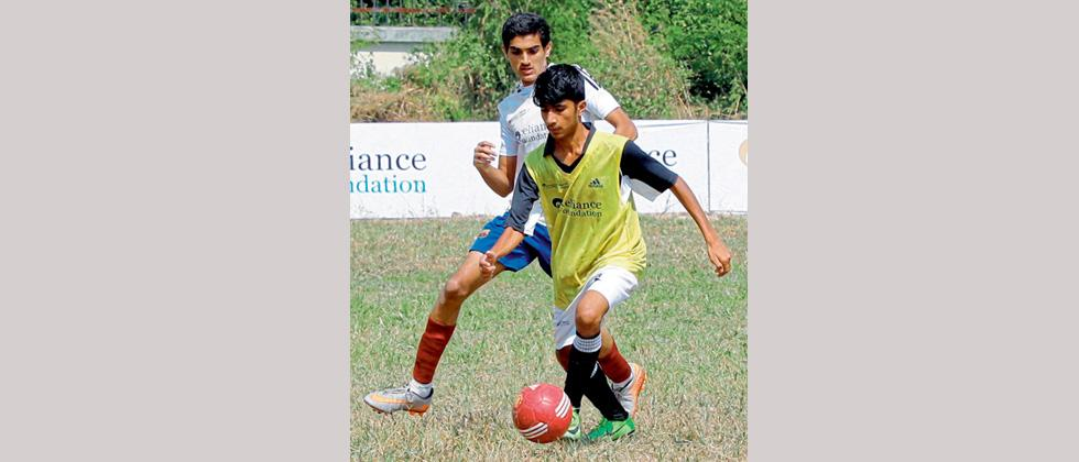 Vidya Bhavan College take big step to secure place in quarters