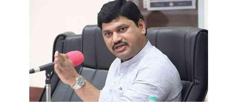 Maha govt yet to start drought relief measures, claims Munde