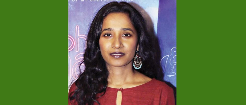 Tannishtha croons for 'Pipsi'