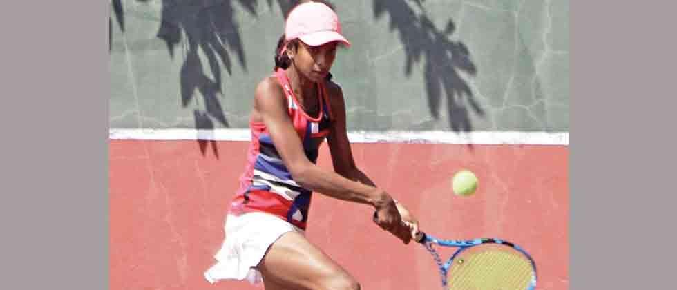 Rana, Patil topple seeds to move into last four