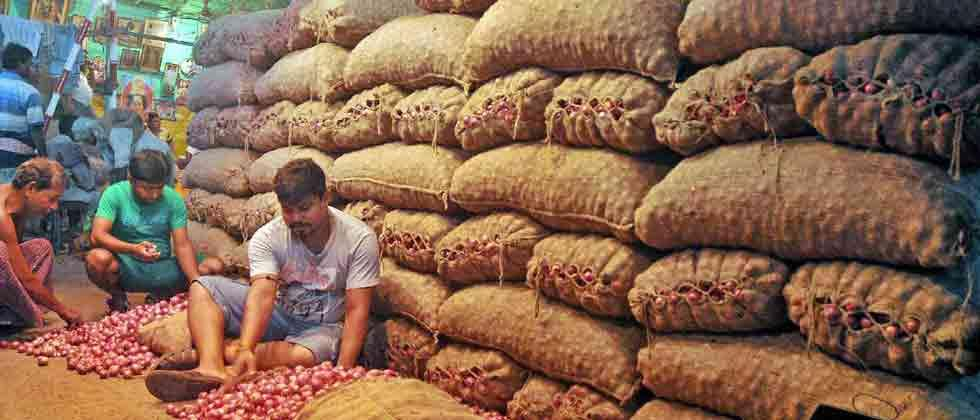 WPI inflation at 8-month low of 3.80 pc in Dec on softening fuel, food prices