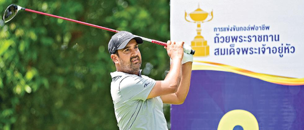 Shiv Kapur in action during the Royal Open Golf Championship in Pattaya on Saturday.