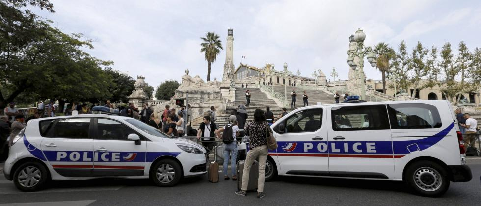 Police cars park outside the Marseille railway station, Sunday, Oct. 1, 2017. French police warn people to avoid Marseille's main train station amid reports of knife attack, assailant shot dead. AP/PTI