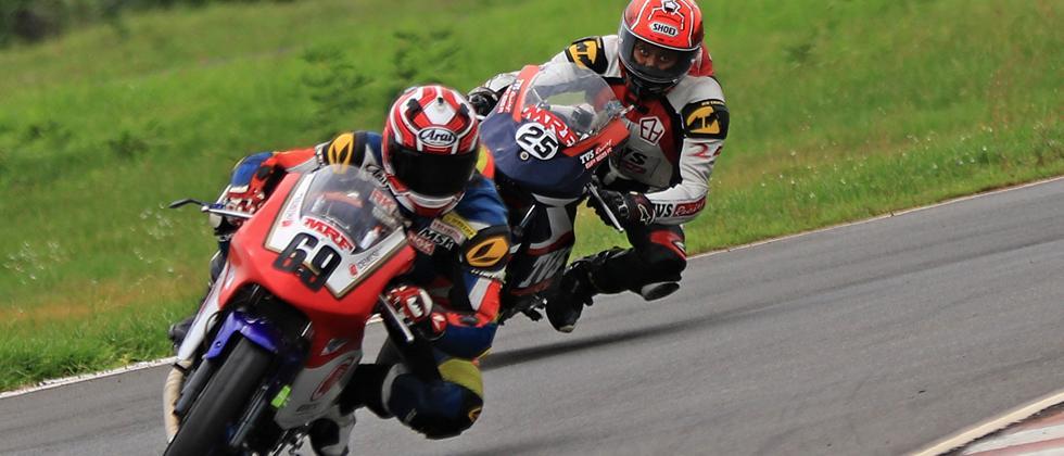 Sarath Kumar takes maiden Pole in Super Sport class
