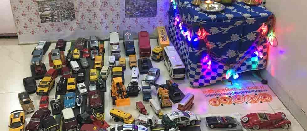 Unique Ganpati decoration made from car models