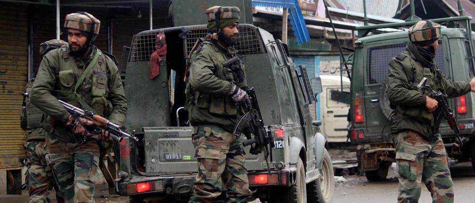Centre to deploy 100 cos of para forces in Kashmir