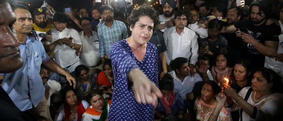 Priyanka Gandhi miffed after being pushed at India Gate