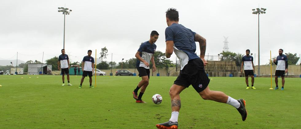 FC Pune City takes on Salgaocar FC in opener