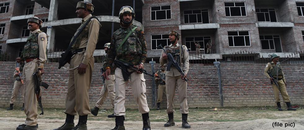 Pakistan firing kills BSF trooper in J&K