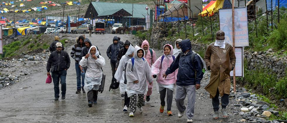 Second batch of 3,500 pilgrims leaves for Amarnath Yatra