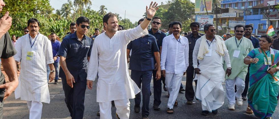 Congress complains of snag in Rahul's flight to Karnataka, seeks probe