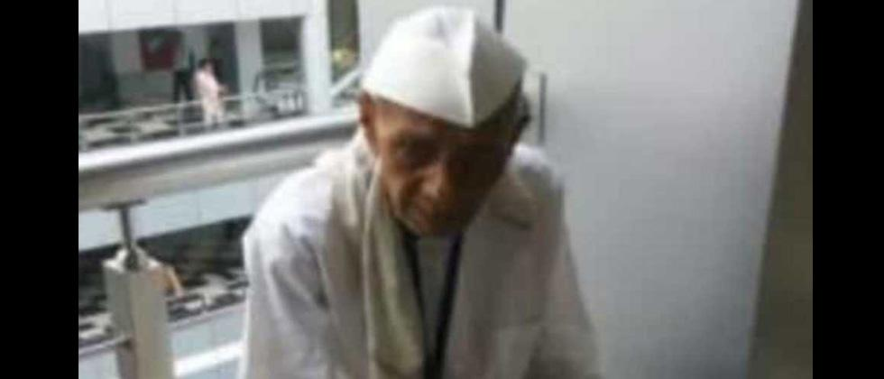 Furore as Maharashtra farmer who consumed poison in Mantralaya dies