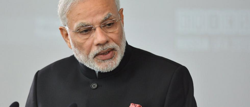 PM asks bureaucrats to make the best of technology