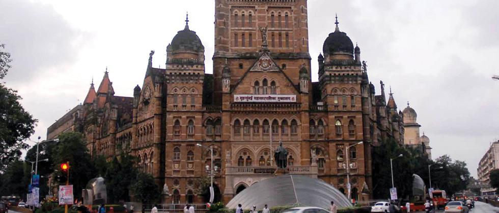 BMC gears up to tackle 'heavy rainfall' in Mumbai this weekend