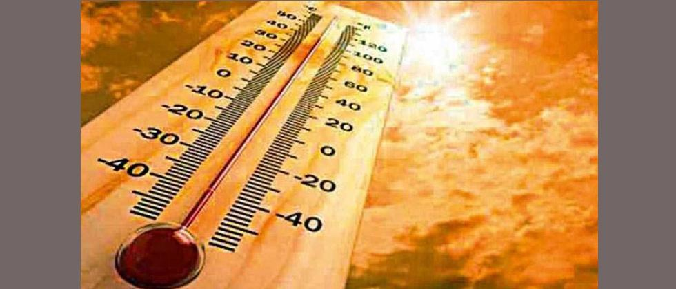 Mumbai records second highest March temperature in a decade